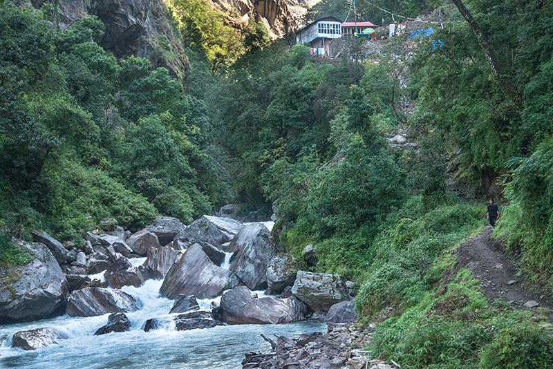 Lama Hotel-Syabrubesi 21-10-16